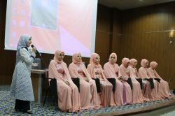 Mardin'de 8 hafize daha taç giydi