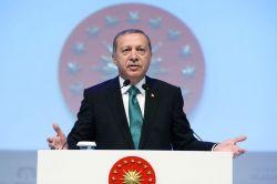 Cumhurbaşkanı Erdoğan'dan doğum kontrolü eleştirisi
