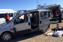 Aynı yönde giden araçlar çarpıştı: 6 yaralı