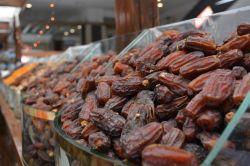 Ramazan'ın vazgeçilmezleri tezgâhlardaki yerini aldı