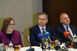 Gaziantep Valisi Ali Yerlikaya, basın mensuplarıyla bir araya geldi foto