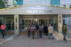 Diyarbakır'da birçok işyerinde hırsızlık yapan zanlı yakalandı