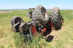 Mersin'in Tarsus ilçesinde traktör kazası: 1 ölü 1 yaralı