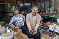Ramazan alışverişi ile esnafın yüzü  gülmeye başladı video foto