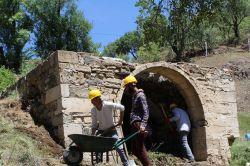 Çahpur Çeşmesinde restorasyon çalışmaları başladı foto