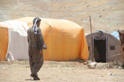Çadırlarda yaşayan Şırnaklılar: Belediye bizimle dalga geçiyor video foto