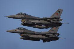 Hakkari'de 20 PKK'li hava harekatında öldürüldü
