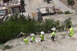 Umut Kervanı üyesi STK'lardan muhtaçlara yardım foto