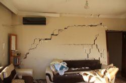 Midyat 'taki patlamada evleri zarar görenler konuştu-foto