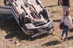 Şırnak'ın İdil ilçesinde otomobil şarampole yuvarlandı: 1 ölü 2 yaralı foto