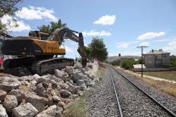 Elazığ  Kızılay Köprüsü yeniden inşa ediliyor