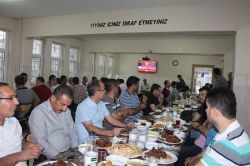 Kâhta Anadolu İHL'den iftar yemeği