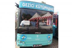 Mardin'e gezici kütüphane otobüsü foto