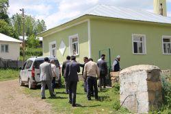 Karlıova Kaymakamı Levet Yetgin deprem bölgesini ziyaret etti foto