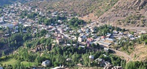 Beytüşşebap'ta polis aracına saldırı: 3  yaralı