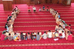 Kur'an bülbülleri camileri şenlendirdi foto