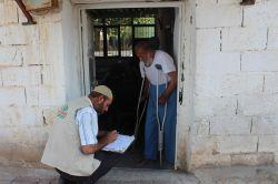 IHO Ebrar'dan muhtaç ailelere yardım çeki