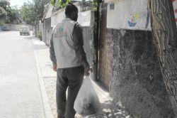 İHO Ebrar Konya'da gıda paketi dağıttı
