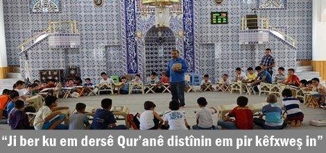 """""""Ji ber ku em dersê Qur'anê distînin em pir kêfxweş in"""""""