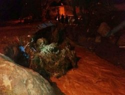 Ağrı Hamur'da sel: 4 kişi yaralandı-foto