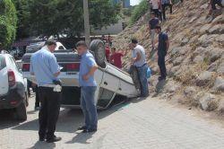 Siverek'te Kale Boğazı caddesinde trafik kazası: 2 yaralı foto