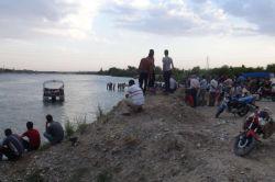 Teyze oğlu 2 genç Fırat Nehrinde boğuldu iddiası foto