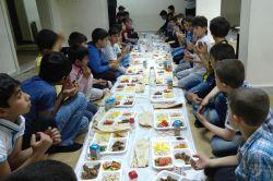 Muş Selam-Der'den çocuklara iftar foto