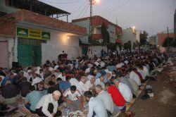 HÜDA PAR  Çınar'da  açık alanda iftar yemeği verdi video foto