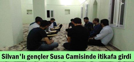 Silvan'lı gençler Susa Camisinde itikafa girdi