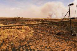 Anız yangınları 21 köyü elektriksiz bıraktı