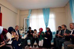 Cumhurbaşkanı Erdoğan'dan 15 Temmuz Şehit ailelerine bayram ziyareti