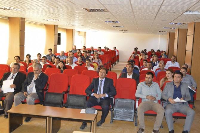 Hilvan'da öğrencilerde okuma farkındalığı için öğretmenlere seminer verildi