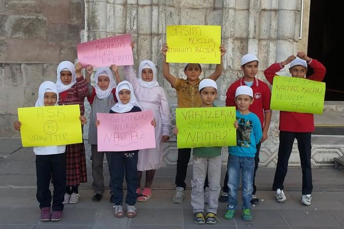 Aksaray'da 'Gözümün Nuru Namaz' etkinliği