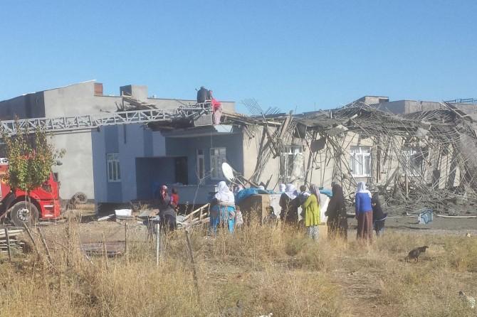Bismil Tepe Mahallesi'nde inşaat çöktü: 5 yaralı