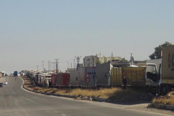 Nusaybin Tarihi İpekyolu bomba şüphesiyle trafiğe kapatıldı