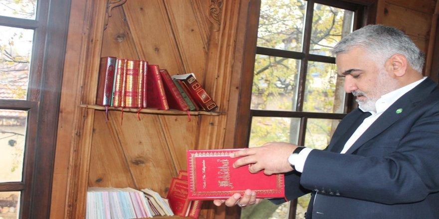Yapıcıoğlu Bediüzzaman'ın Barla'daki evini ziyaret etti
