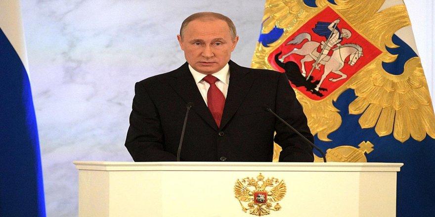 """Putin """"nükleer saldırılara misilleme yapma hakkını saklı tutacak"""" belgeyi imzaladı"""