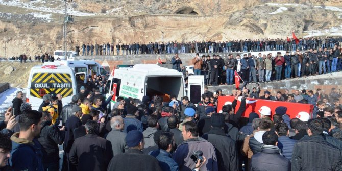 El Bab'ta hayatını kaybeden asker Adilcevaz'da toprağa verildi