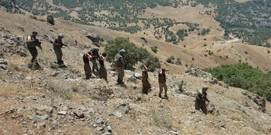 Şırnak'ta 6 PKK'li teslim oldu