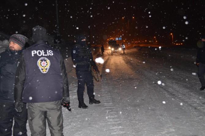 Bitlis'te 81 il ile eş zamanlı asayiş uygulaması