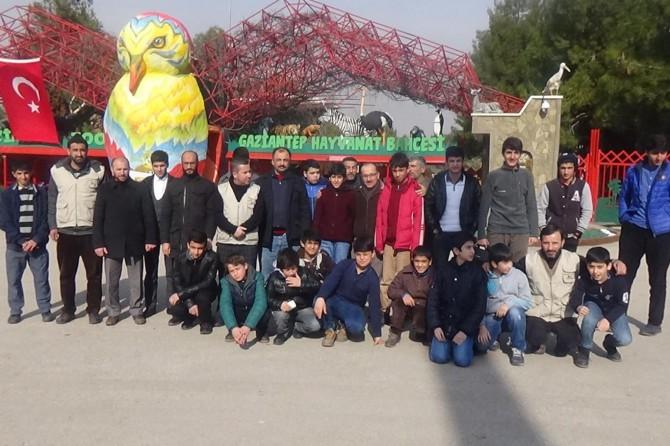 Diyarbakır Yetim-Der başarılı öğrencileri geziyle ödüllendirdi