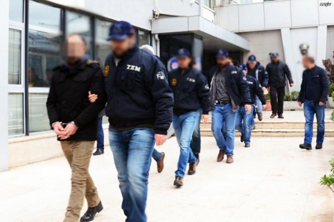 Bursa'da FETÖ'den 11 avukat gözaltına alındı