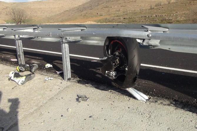 Çınar'da hız motosikleti kaza yaptı: 1 ölü VİDEO-FOTO