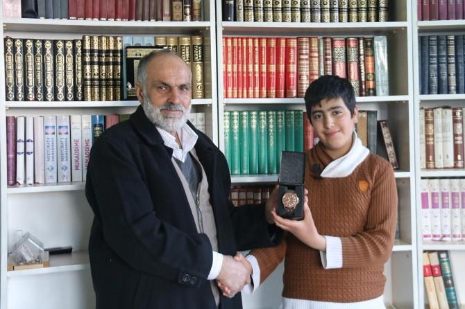Peygamber Sevdalıları Platformu Ergani'de Siyer Sınavı ödüllerini verdi