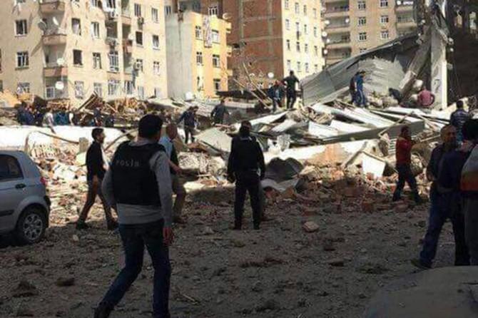 Diyarbakır'daki saldırıyla ilgili 5 kişi gözaltına alındı