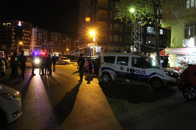 Diyarbakır'da Peyas Mahallesi 466. sokakta silahlı saldırı: 1 ağır yaralı