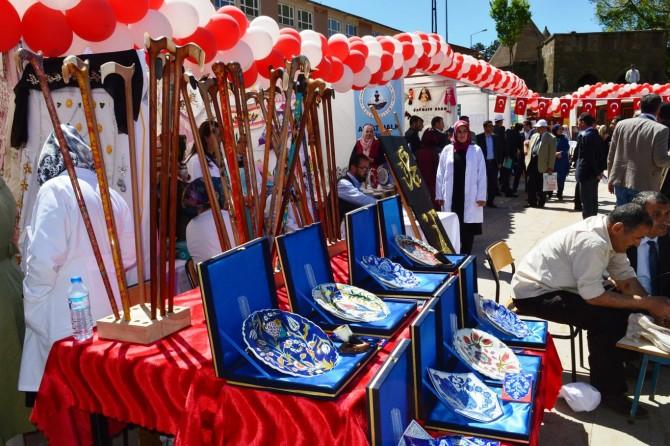 Bitlis'te öğrenim şenliği düzenlendi