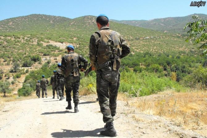 Ağrı'da 3 asker ve bir güvenlik korucusu hayatını kaybetti
