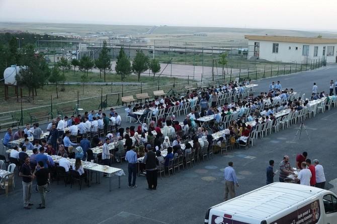 Diyarbakır Silvan'da İmam Hatip öğrencileri iftarda buluştu foto