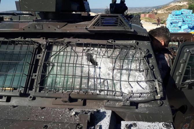 Diyarbakır'da polis aracına roketatarlı saldırı